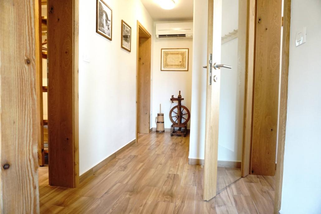 Apartma Pinja